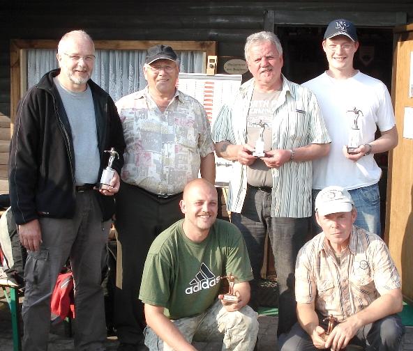 Hans-Herrmann Husmann, Johann Blank, Manni Babel, Christof Steinbrecher oben und unten Mike Wiemers und Wilfried Lumma